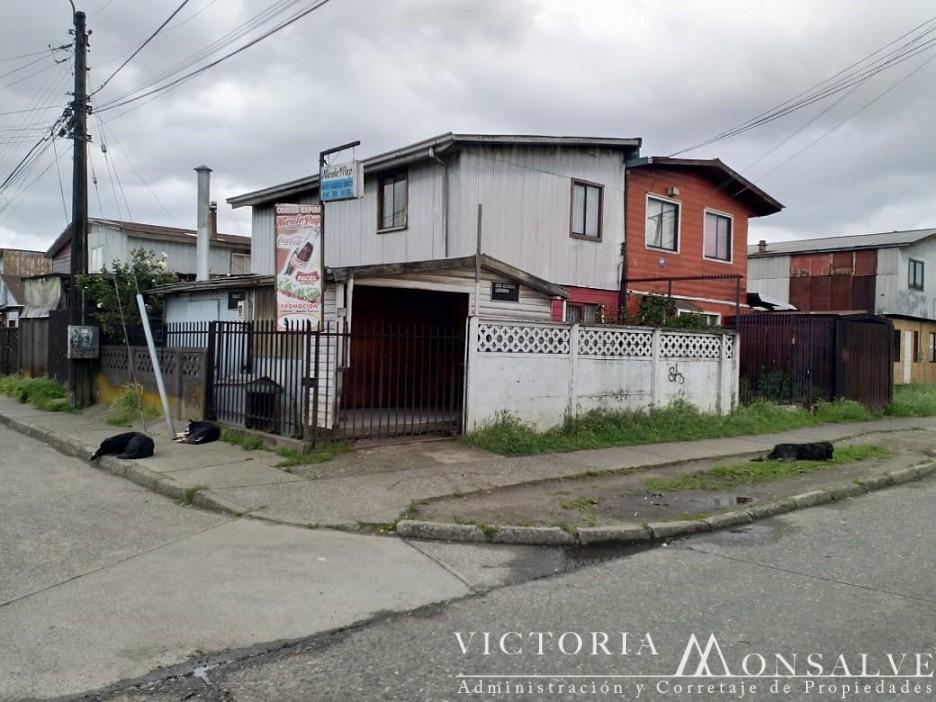 Vendo casa pareada esquina calle Lastarreas